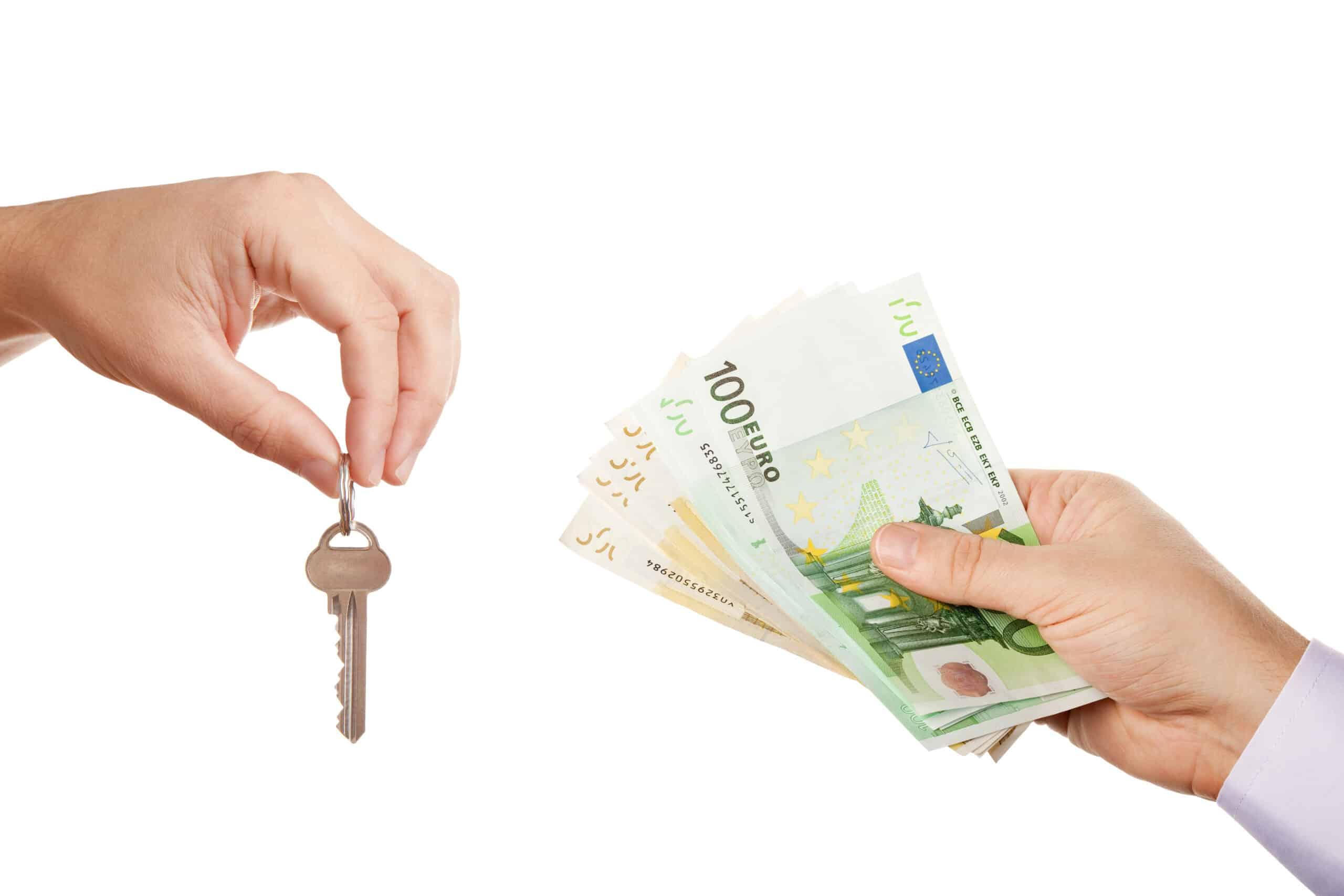 Peněžitá plnění související snájmem bytu